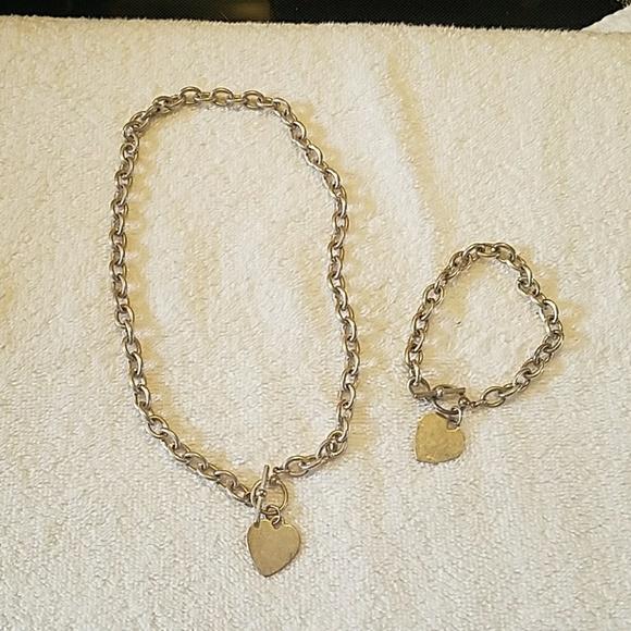 Jewelry - 💖 Heart Necklace & Bracelet Set 💟